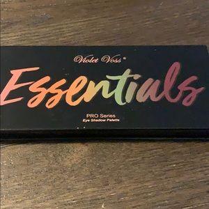 NIB violet voss essentials pro series palette